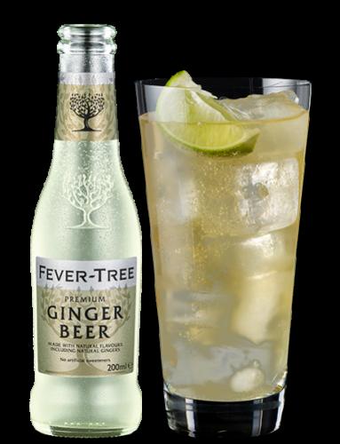 Ginger Beer Flasche mit Glas